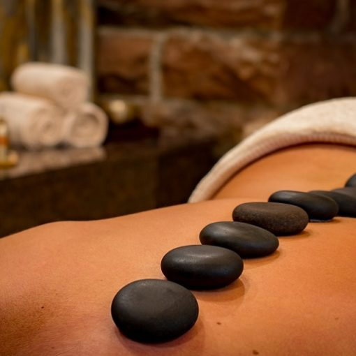 Hot Stone Therapy massaggio